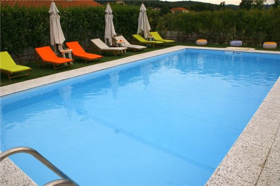 prefabricated swimming pools with skimmer. Black Bedroom Furniture Sets. Home Design Ideas