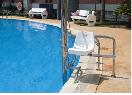 15 hydraulic lifts elevators for people with disabilities for Hydraulic chair lift for swimming pool